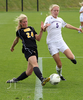 IOWA_NORTHWESTERN_SOCCER47