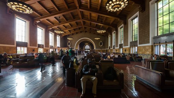Medium Shot: Passing Through Union Station's Central Hall (Motion)