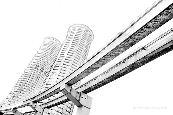 MONORAIL SEATTLE BLACK AND WHITE