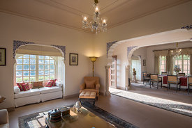 Kohinoor_Villa_-_Living_and_Dining_Room_-_The_Oberoi_Rajvilas_Jaipur_(2)._Picture_credit_Mr._Abhishek_Hajela_v1_current