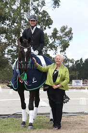 SI_Festival_of_Dressage_310115_prizegivings_1472