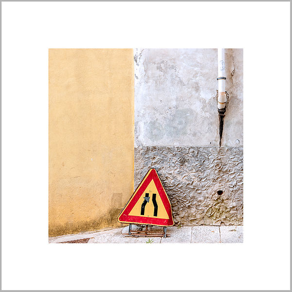 Against the Wall - Ragusa Ibla, Sicily (Italy)