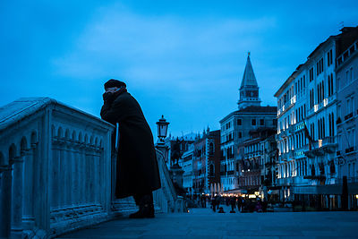 Venice-blue-copyright-Rob-Johns_20130409_DSF1996
