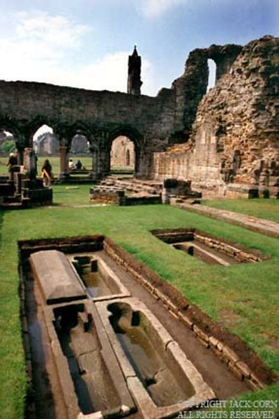 Scotland, Stone graves at St. Andrews