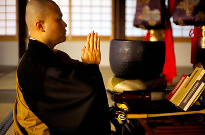 Japan - Hikone - A Zen monk of the Soto School prays