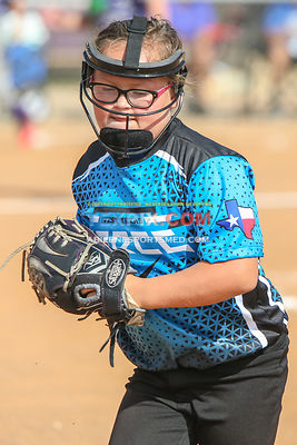 08-19-17_SFB_8U_Diamond_Divas_v_West_Texas_Force-21