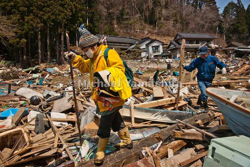 March 11 Great Eastern Japan Earthquake and Tsunami. Measuring 9, biggest ever to hit Japan destroying the NE coast line cities and villages for 200plus miles.  Kesennuma is #3 in Japan fish processing. 200 yr old Thatched roof costing 25 million Yen ($250.000) is one year old.  His family home for 7 generations.  Kozaburo  and Tamiko Ogata (090 1493 8980)and son Takehiro (090 2177 2426)