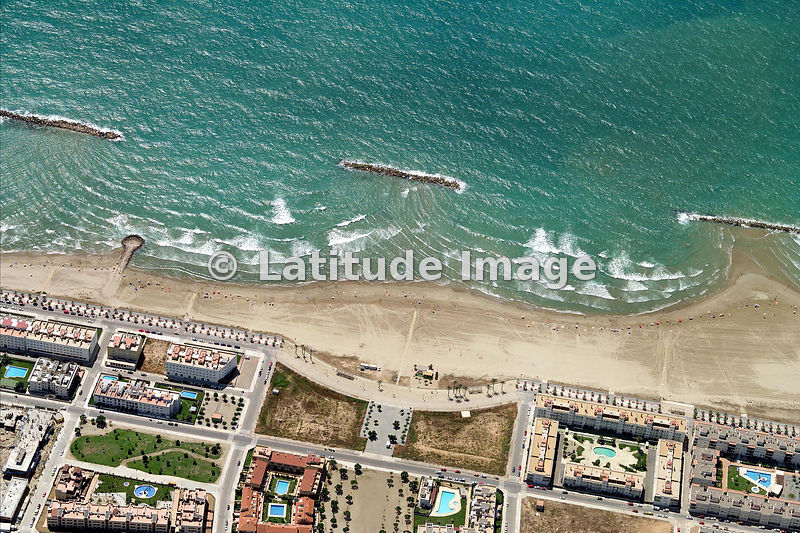 Latitude image beach at vilanova i la geltr aerial photo - Jardineria vilanova i la geltru ...