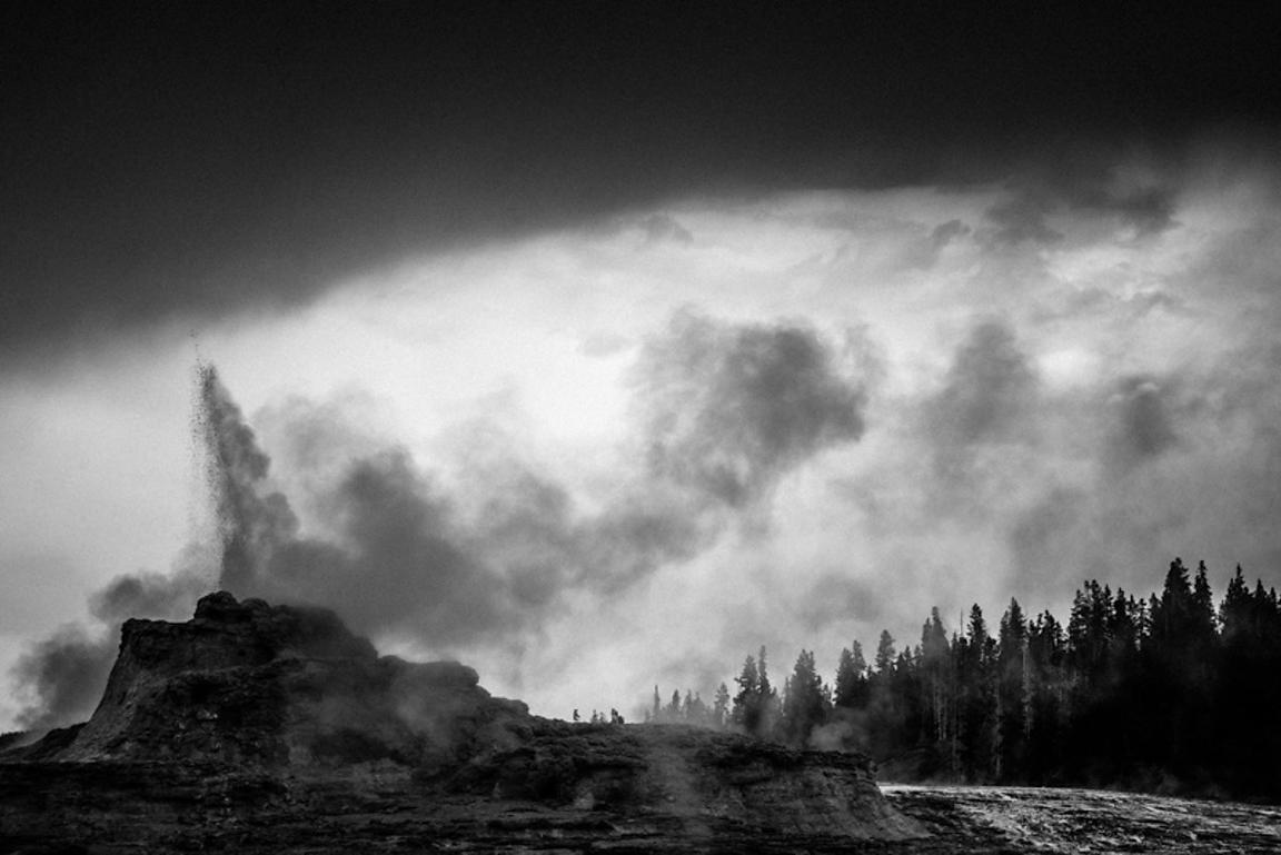 0466-Geysers_of_Yellowstone_National_Park_Wyoming_USA_2014_Laurent_Baheux
