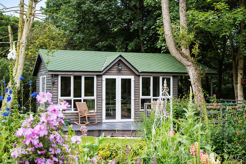 Residential refurbishment & summer house | Client: Smailes Construction / Huxmar