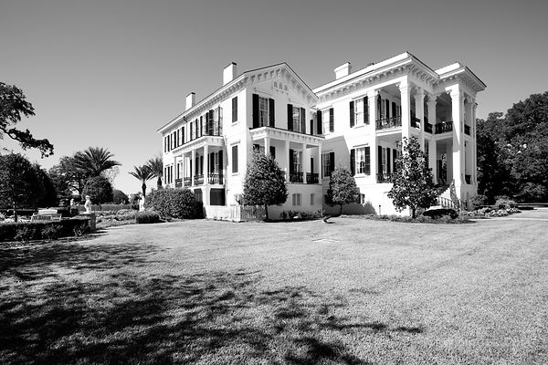 NOTTOWAY PLANTATION LOUISIANA BLACK AND WHITE