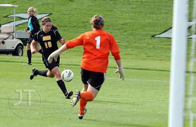 IOWA_NORTHWESTERN_SOCCER67