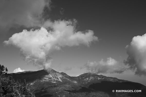WHITE MOUNTAINS NEW HAMPSHIRE BLACK AND WHITE