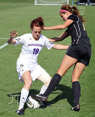 IOWA_NORTHWESTERN_SOCCER01