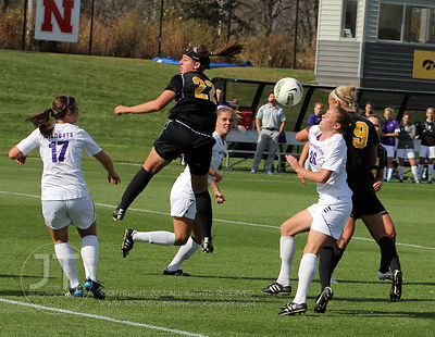 IOWA_NORTHWESTERN_SOCCER15