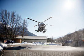 france.hautes alpes.briancon.pghm .helicoptere qui part de la dz de briancon pour un secoure