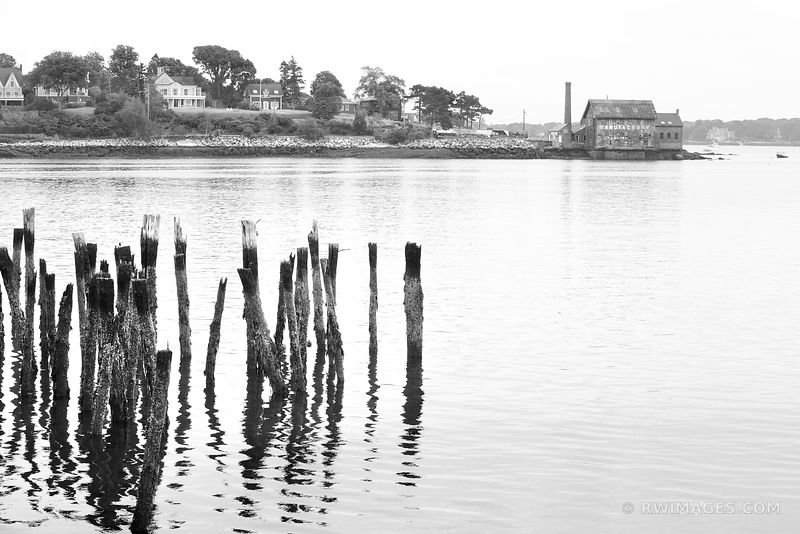 GLOUCESTER CAPE ANN MASSACHUSETTS BLACK AND WHITE