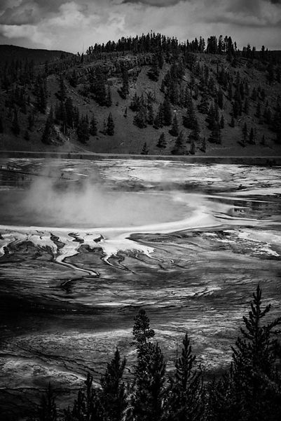 1221-Grand_Prismatic_Yellowstone_National_Park_Wyoming_USA_2014_Laurent_Baheux