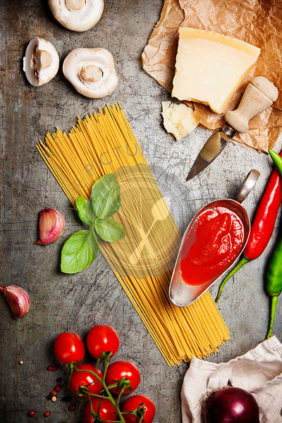 Tomato sauce with spaghetti and ingredients