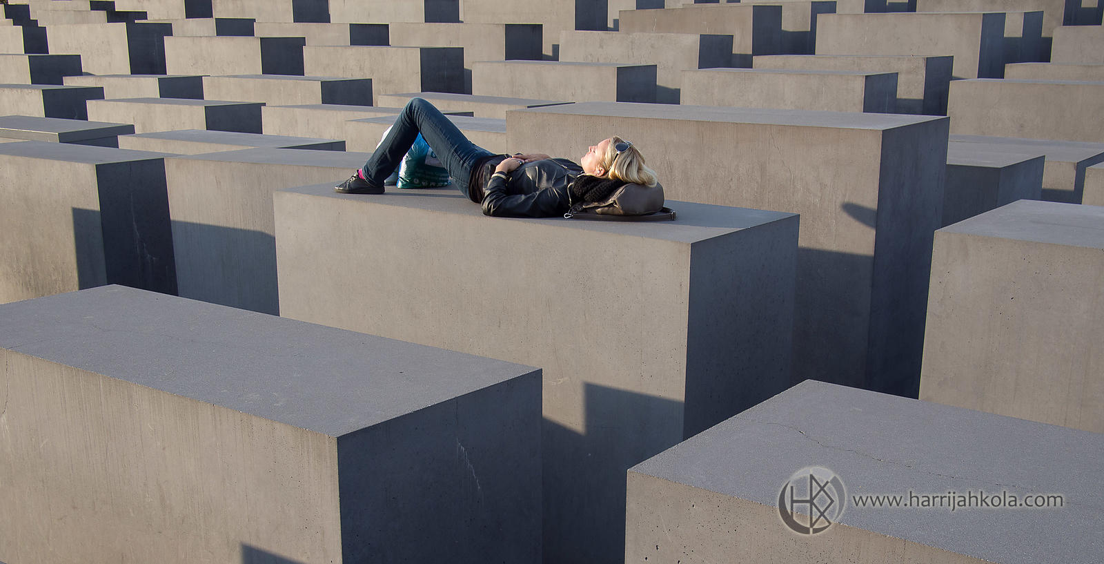 Germany - Berlin (Holocaust Memorial - Resting)