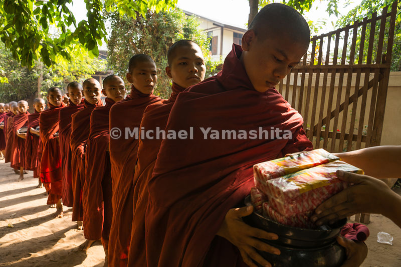 Receiving alms (binthabat) is a ritual of daily life for the hundreds of Buddhist monks in Myanmar, where accepting charity in the form of rice, or more recently, money is prescribed in Buddhist texts.
