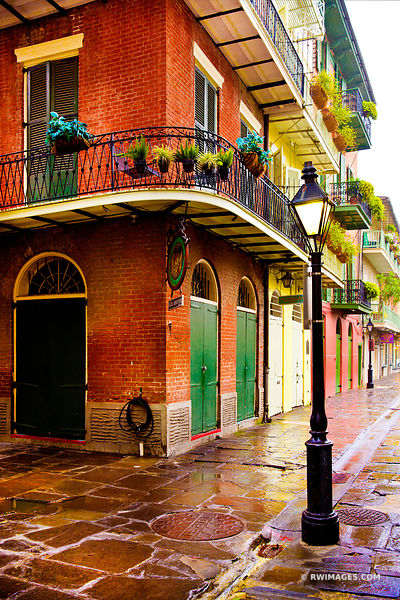 OLDE ABSINTHE HOUSE FRENCH QUARTER NEW ORLEANS LOUISIANA COLOR VERTICAL