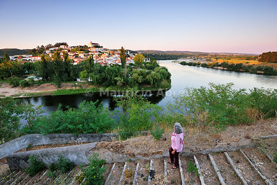A walking trail near the village of Constância and the river Zêzere, a tributary of Tagus river. Ribatejo, Portugal (MR)