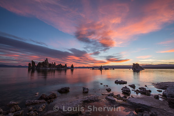 Sunrise from South Tufa on Mono Lake