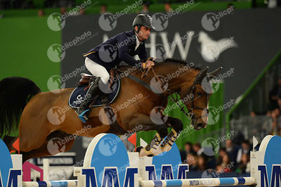 LYNCH Denis, (IRL), All Star during CSI5-W_1,60_Longines World Cup Grand Prix competition at Madrid Horse Week at IFEMA, Madrid - Spain