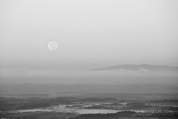 MOONSET SHAENANDOAH VALLEY SHENANDOAH NATIONAL PARK VIRGINIA BLACK AND WHITE
