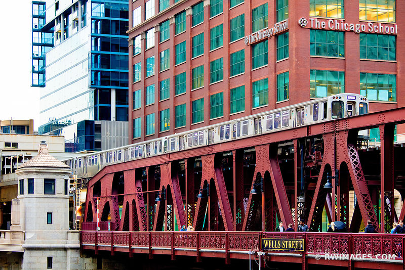 CHICAGO EL TRAIN ELEVATED TRAIN WELLS STREET BRIDGE CHICAGO ILLINOIS