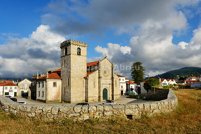 The Mother Church of Caminha (Nossa Senhora da Assuncao church) in manueline style, dating back to the 16th century. Caminha, Alto Minho. Portugal