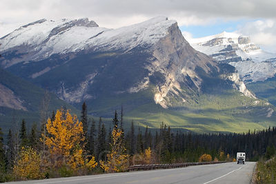 Beautiful mountains on the Icefields Parkway in Banff, Canadian Rockies
