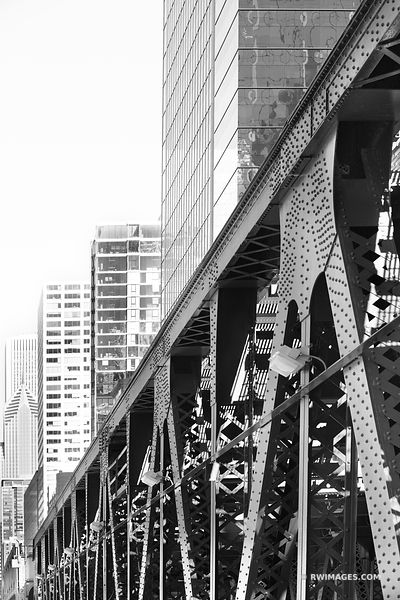 CHICAGO BRIDGE CHICAGO ILLINOIS BLACK AND WHITE VERTICAL