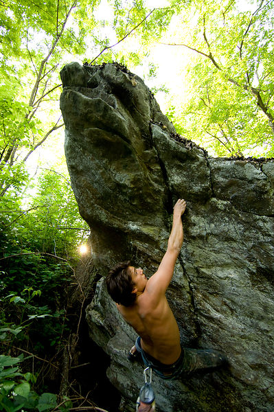 009-Blue_Ridge_D126009_Bouldering_-_Preview