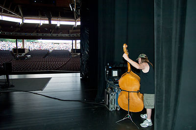 WN13047_Tommy_Tuning_Upright_Bass_Preview