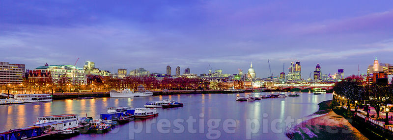 St Pauls Dominates the City of London Skyline