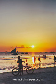 sunset at Boracay philippines