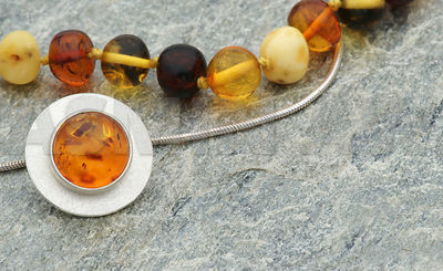 amber_two_necklaces