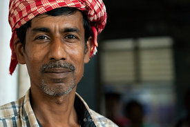 Portrait of a vendor at Chhatrapati Shivaji Terminus in Mumbai, India