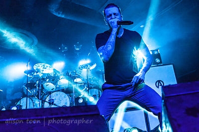 Alex Varkatzas, vocals, Atreyu
