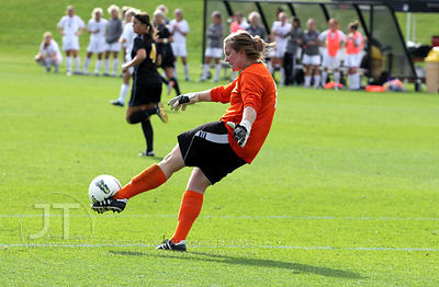 IOWA_NORTHWESTERN_SOCCER68