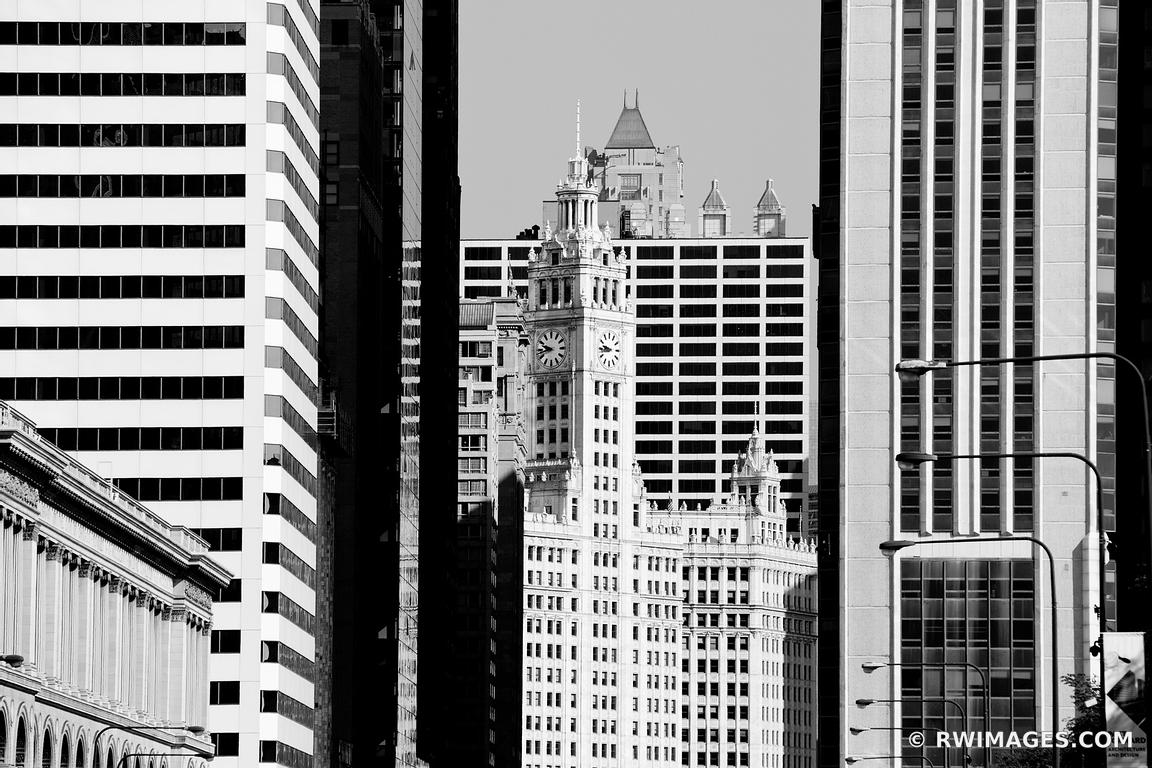 CHICAGO DOWNTOWN ARCHITECTURE WRIGLEY BUILDING BLACK AND WHITE HORIZONTAL