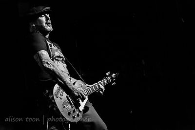 Mike Ness, vocals and guitar, Social Distortion
