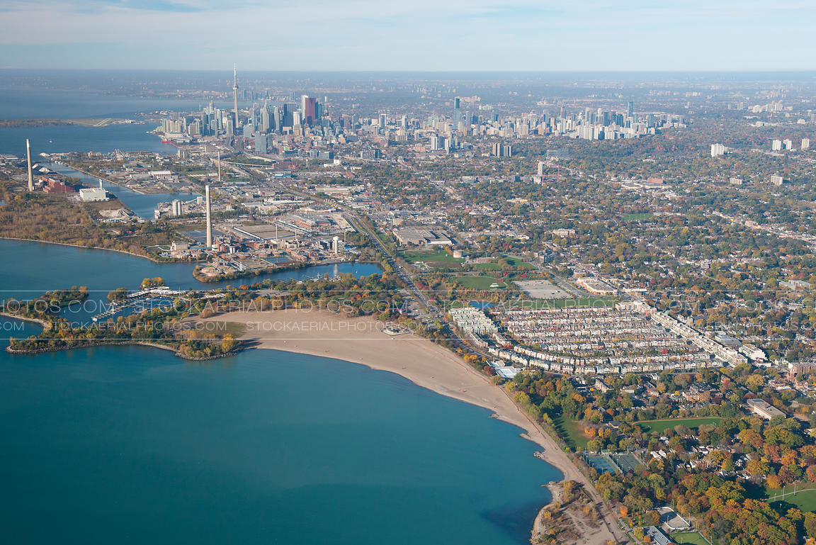 aerial photo woodbine beach toronto. Black Bedroom Furniture Sets. Home Design Ideas