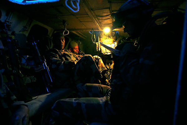 2008. Departure in patrol of a section of 8th RPIMA in a armored vehicle. Province kapisa