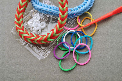 Elastic bracelets made from rubber bands