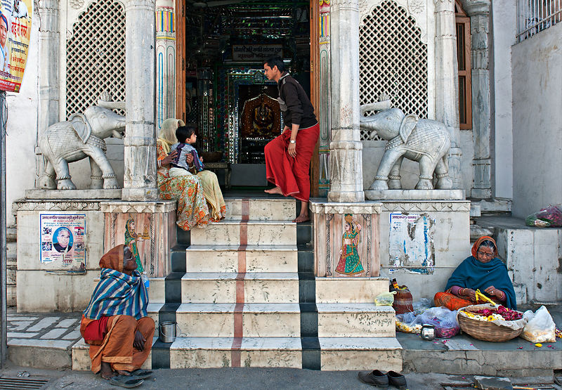 An everyday scene at any Indian temple. This image was shot in Udaipur