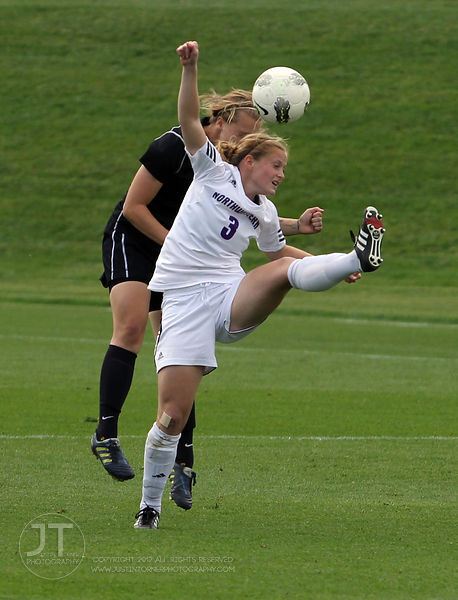 IOWA_NORTHWESTERN_SOCCER45