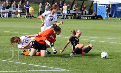 IOWA_NORTHWESTERN_SOCCER39